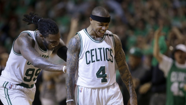 ap-jae-crowder-with-isaiah-thomas-game-7-1494903001