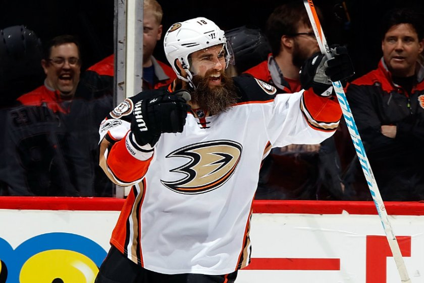 patrick-eaves-anaheim-ducks-featured